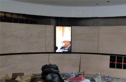 保定展厅感应滑轨屏幕